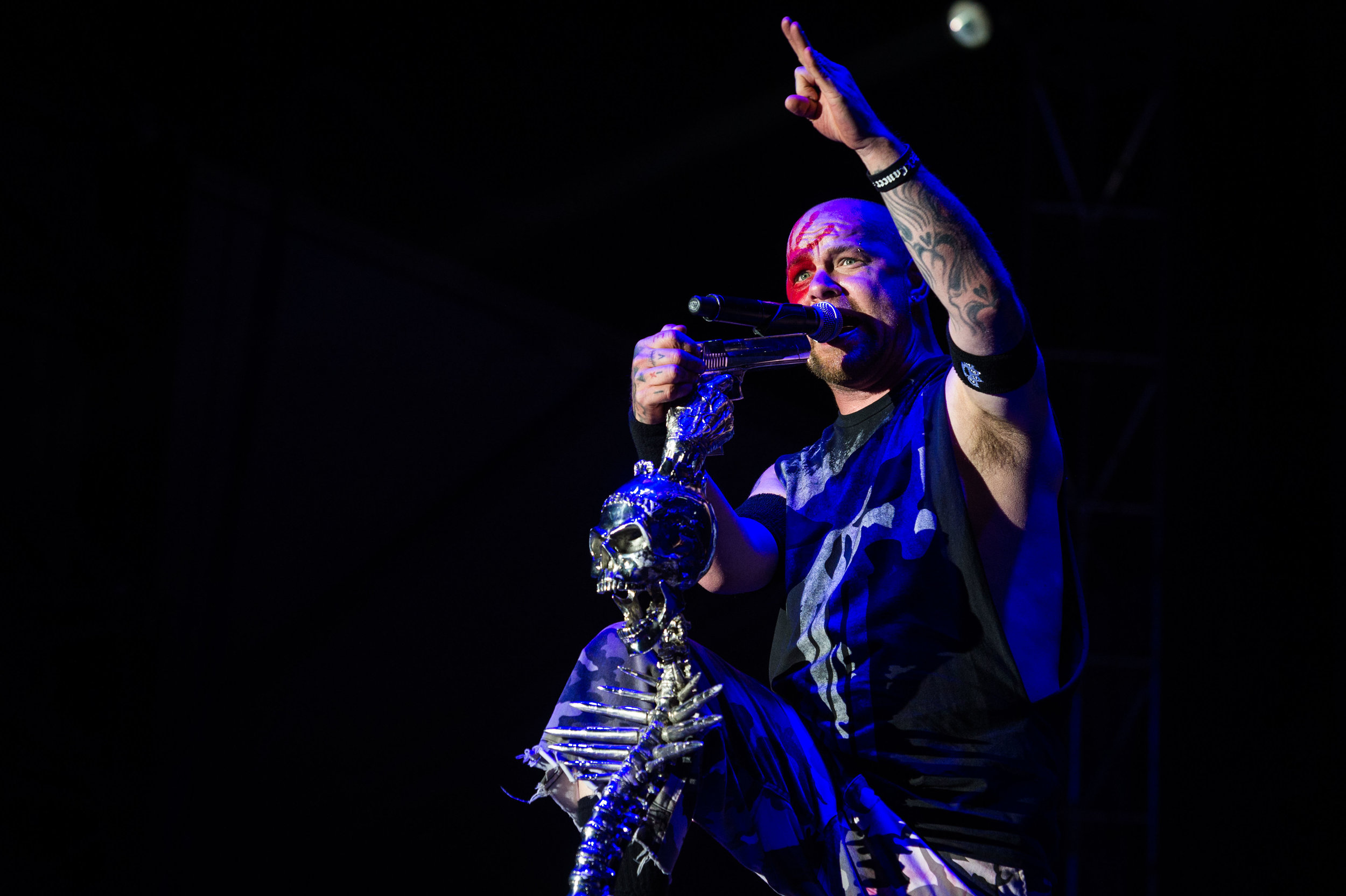 Five Finger Death Punch Sep 30 2017-24.jpg