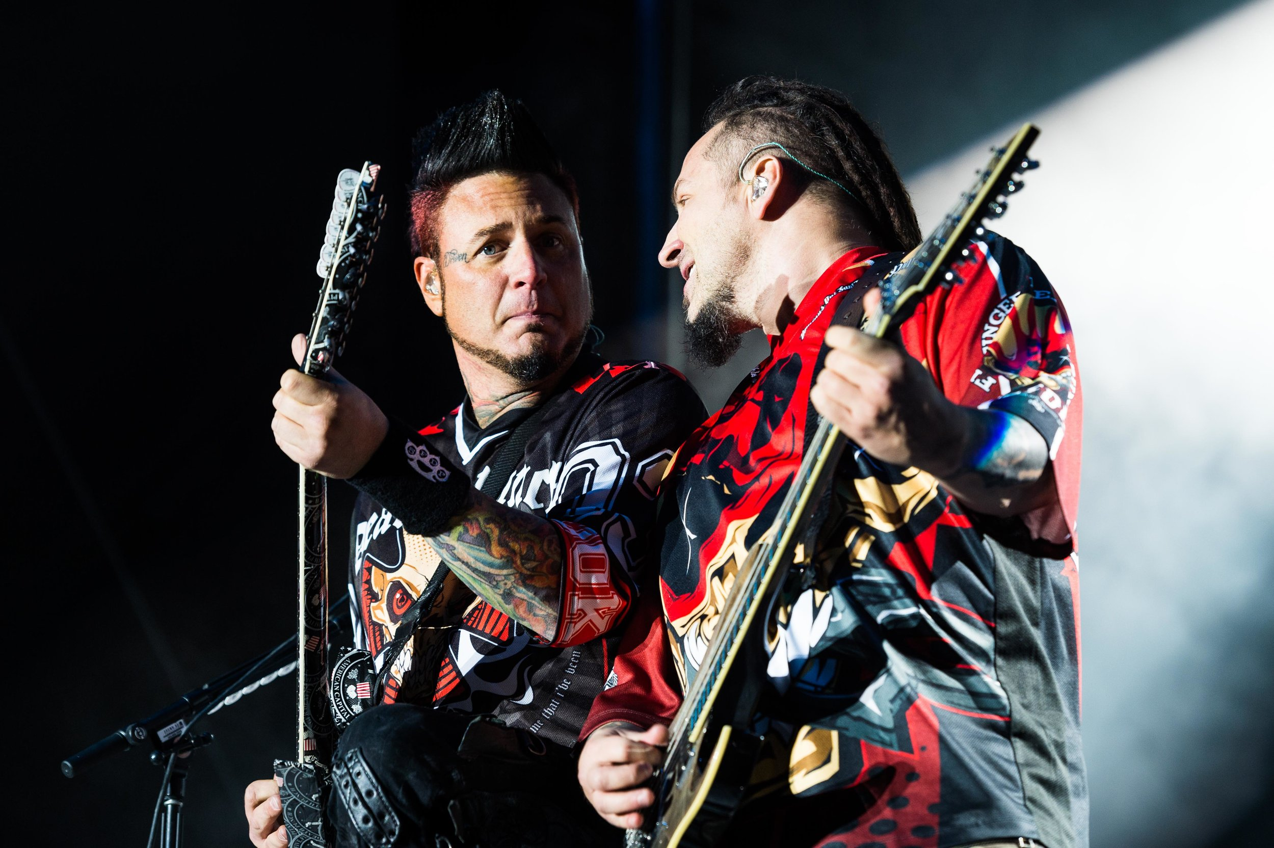 Five Finger Death Punch Sep 30 2017-29.jpg