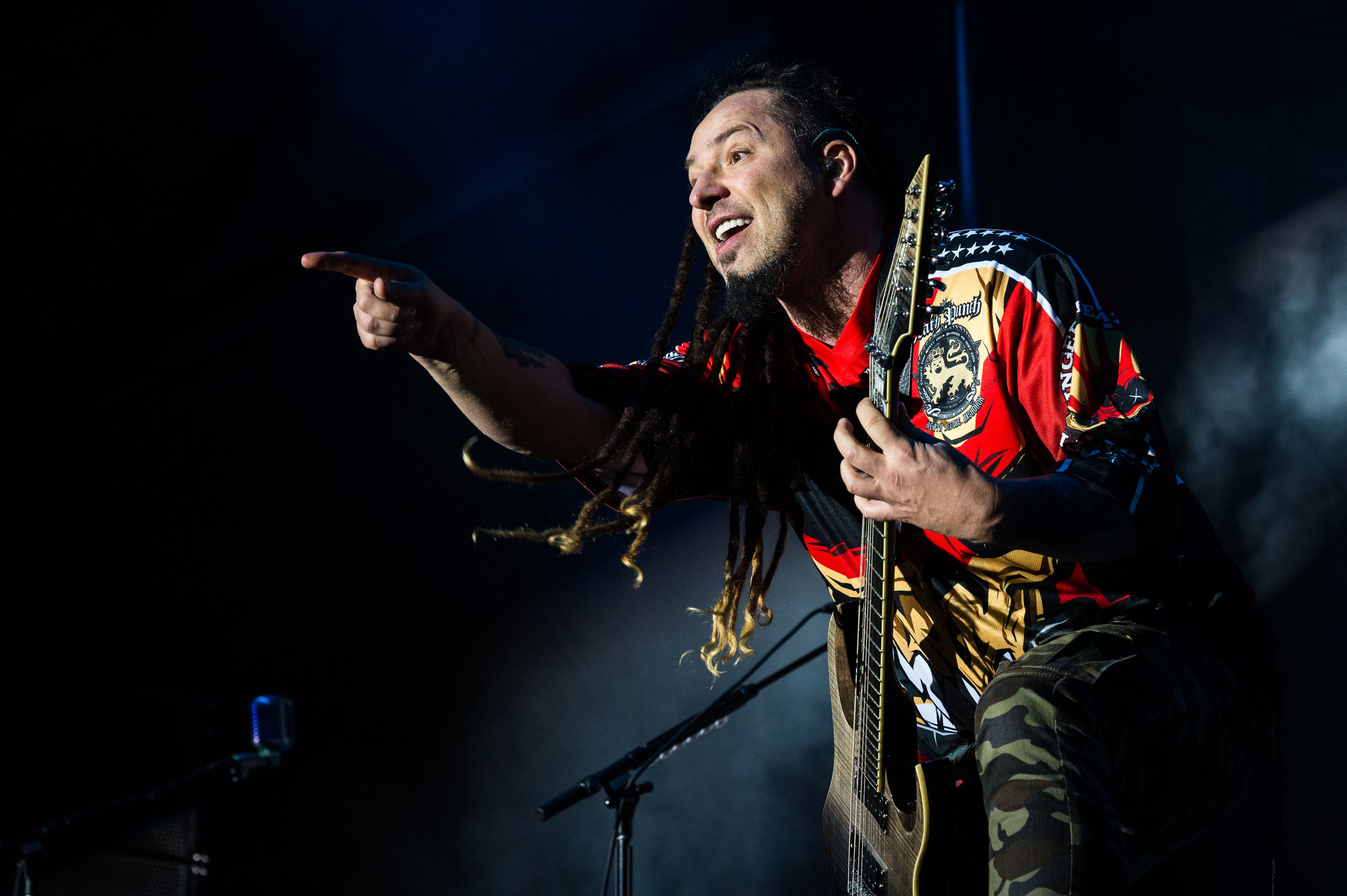 Five Finger Death Punch Sep 30 2017-31.jpg