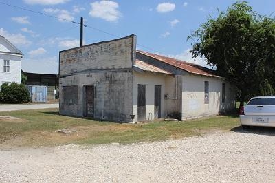Abandoned_Building,_Blessing,_Texas_smaller.jpg