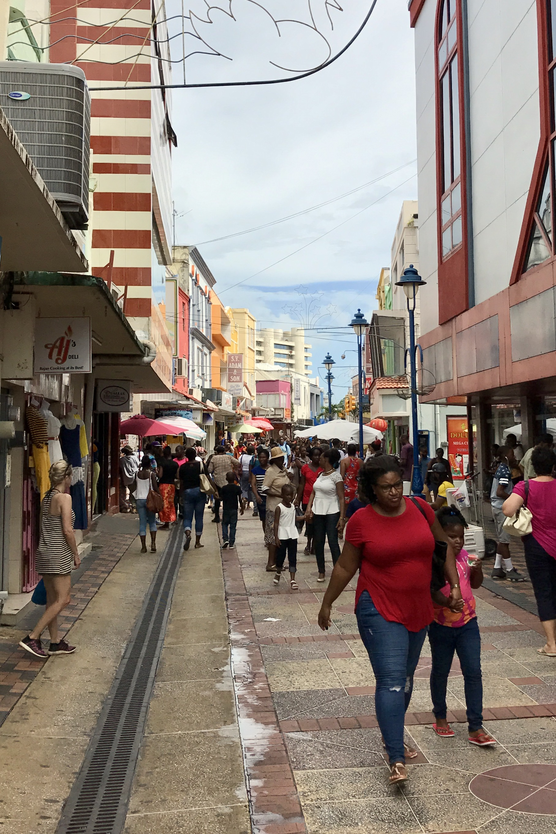 Bridgetown, 🐼 on the left!