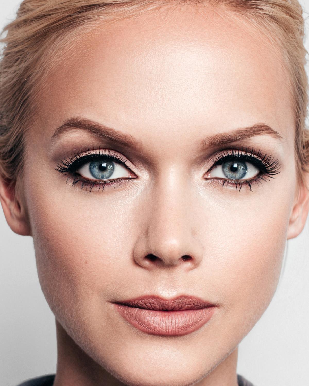 paulina-pecak-OMA-makeup-artist-educator_03_3.jpg