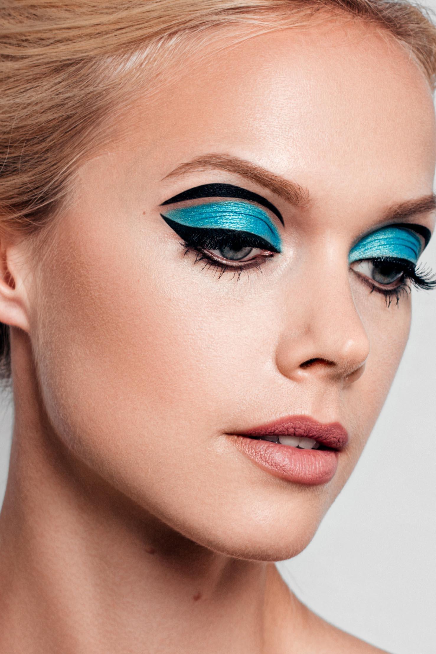 online-makeup-course-school-026.jpg
