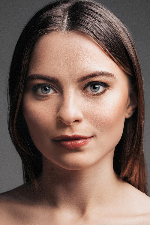 Introduction Makeup Course 03.jpg