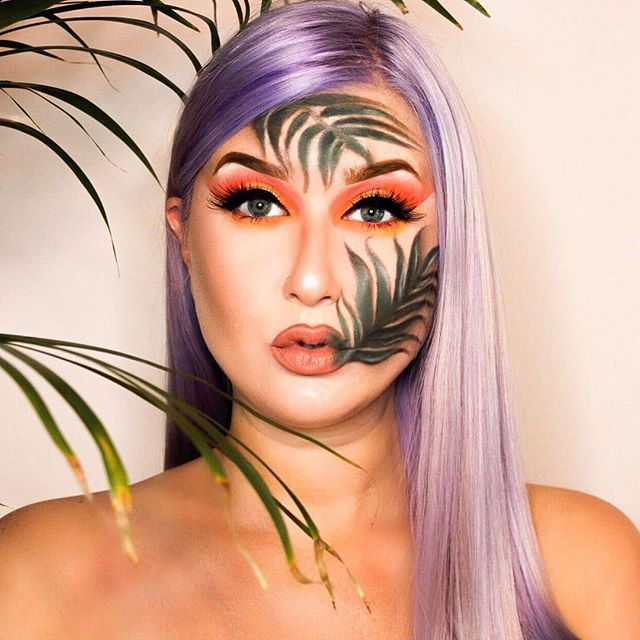 We are so ready for #SummerMakeup, how about you?! Incredible (as always!) #CreativeBeauty #AbstractMakeup #MakeupArt #BeautyLook by #OnlineMakeupAcademy Certified Advanced #MakeupArtist @goldf 🌴🌴🌴 Repost @goldf  Hey Guys👋🏻 Questo è il mio look inspirato alla nuova collezione SUMMER PARADISE di @minycosmetics ! Io adoro Tropical Toucan🦜Glamour e scintillante !✨ Potete scoprire tutta la collezione visitando i Beauty Corner nei negozi @ovspeople ! •• MAKE UP DETAILS •• • • • ••EYES•• 🌿@4evermagiccosmetics Double Shade Seductive Eyebrow Gel 🌿 @plouise_makeup_academy Base 🌿@minycosmetics Everytime & Everywhere palette n.3 🌿@minycosmetics Dark Lady Mascara 🌿 @maybelline Matte Ink Eye-liner • • ••FACE•• 🌿@minycosmetics Makeup artist Fluid Foundation 🌿 @makeuprevolution Conceal and Define 🌿 @hudabeauty Easy Bake Powder 🌿 @benefitcosmetics Hoola Bronzer 🌿 @katvondbeauty Metal Crush Highlighter 🌿 @nyxcosmetics_italy MicroBrow pencil • • ••LIPS•• 🌿@minycosmetics Matte Mood Lipstick in Cherished