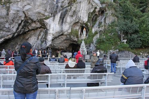 Grotto-Lourdes-Spain-Tours.jpg