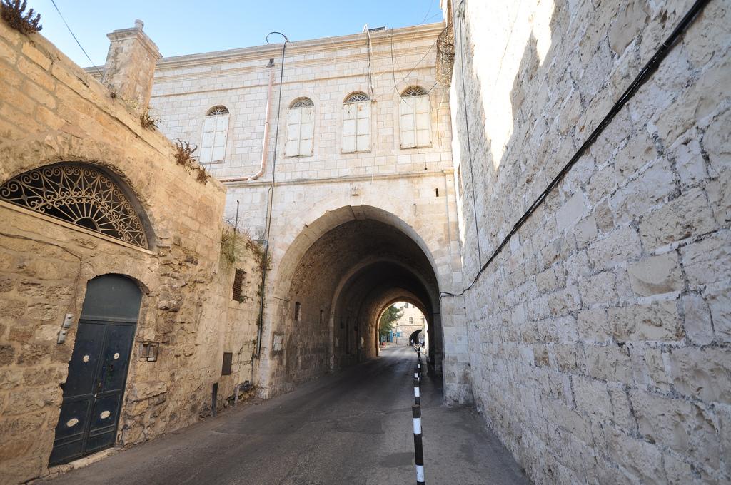 jerusalem-armenian-quarter-tour-the-holy-lands.jpg