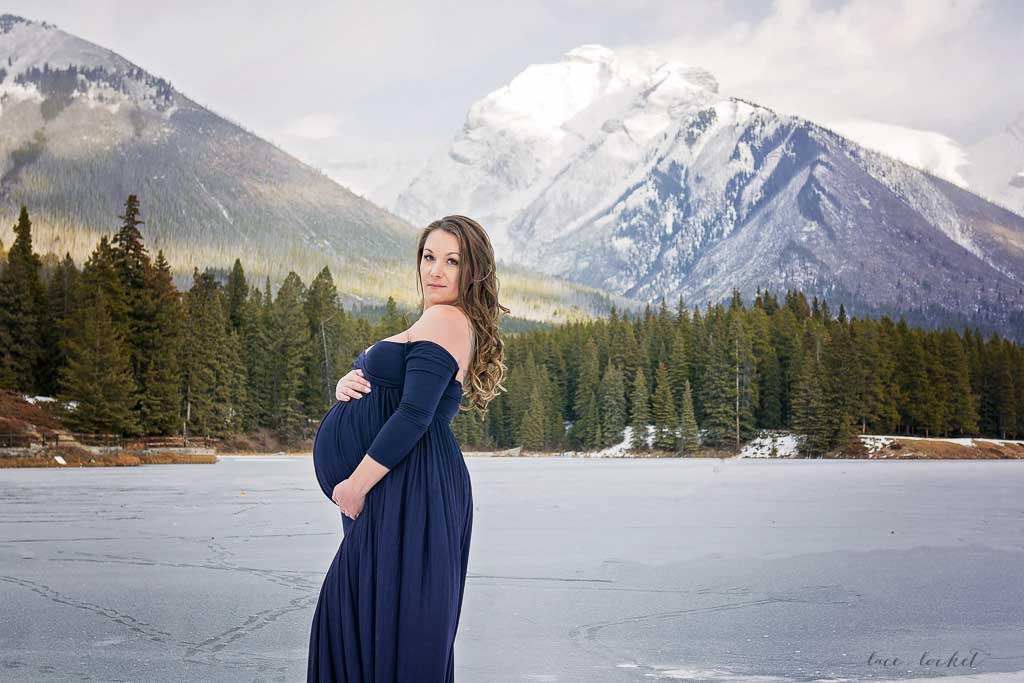 airdrie maternity photographer lace-and-locket-photo--30.jpg