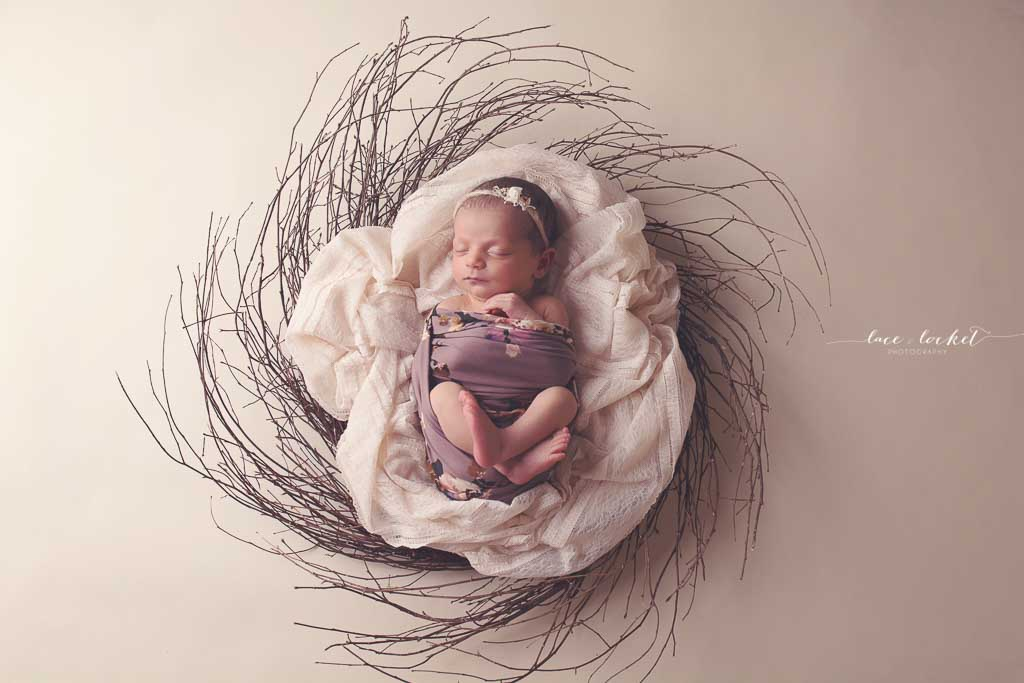 Lace & Locket Photo -Airdrie Newborn Photographer-40.jpg