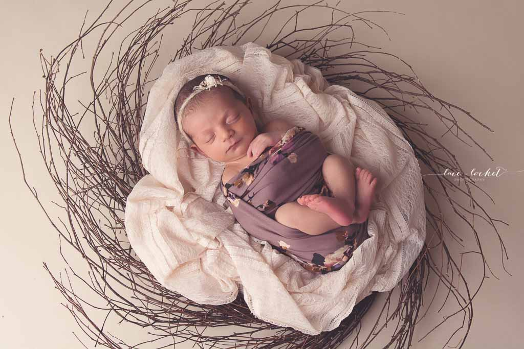 Lace & Locket Photo -Airdrie Newborn Photographer-39.jpg