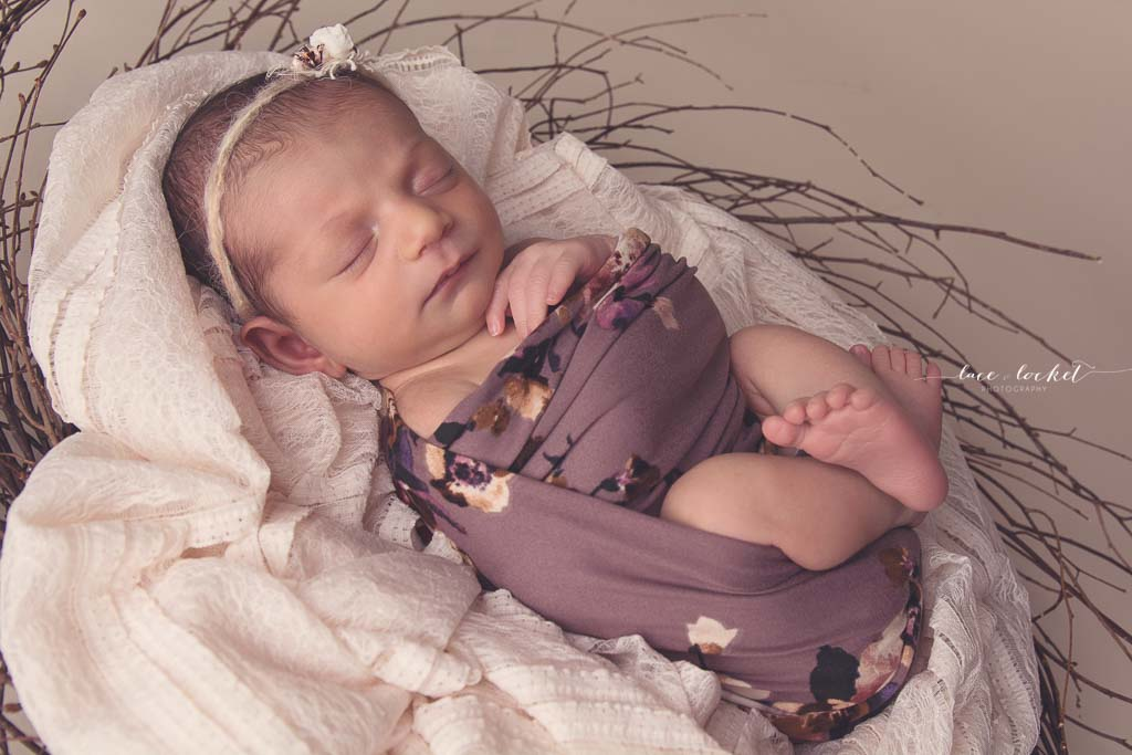 Lace & Locket Photo -Airdrie Newborn Photographer-38.jpg