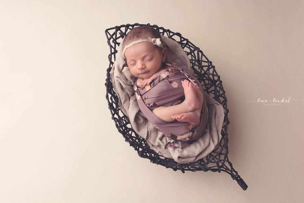 Lace & Locket Photo -Airdrie Newborn Photographer-34.jpg