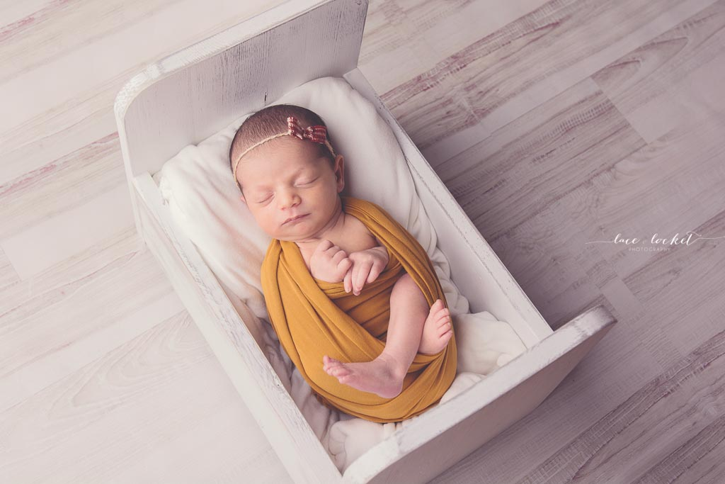 Lace & Locket Photo -Airdrie Newborn Photographer-9.jpg
