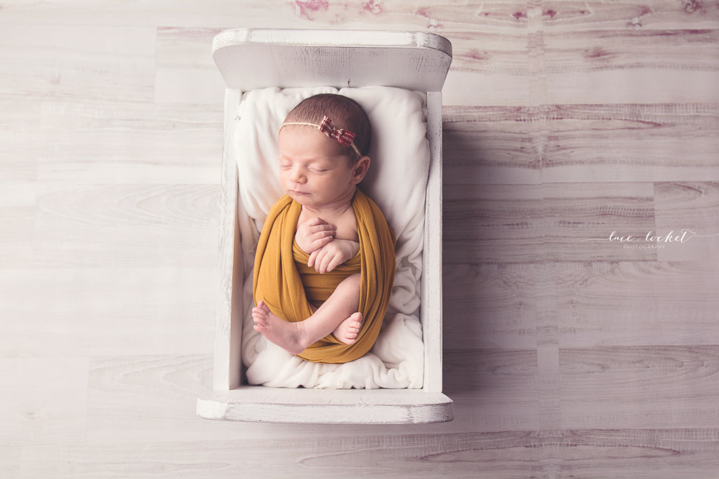Lace & Locket Photo -Airdrie Newborn Photographer-4.jpg