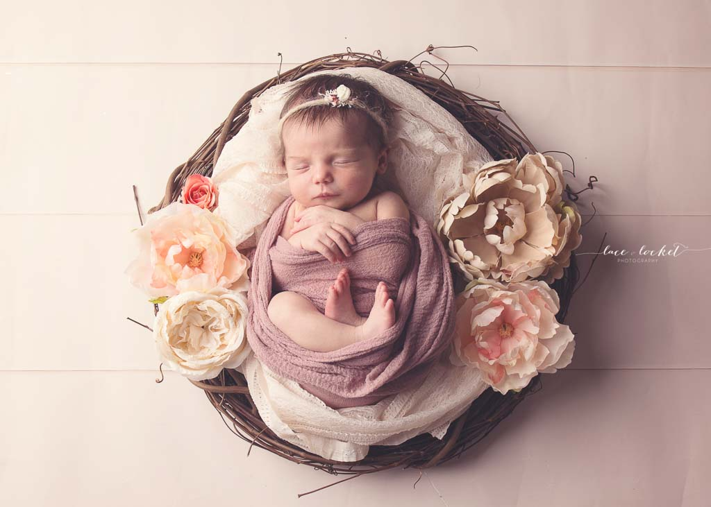 airdrie newborn photographer-lace-and-locket-photo--40.jpg