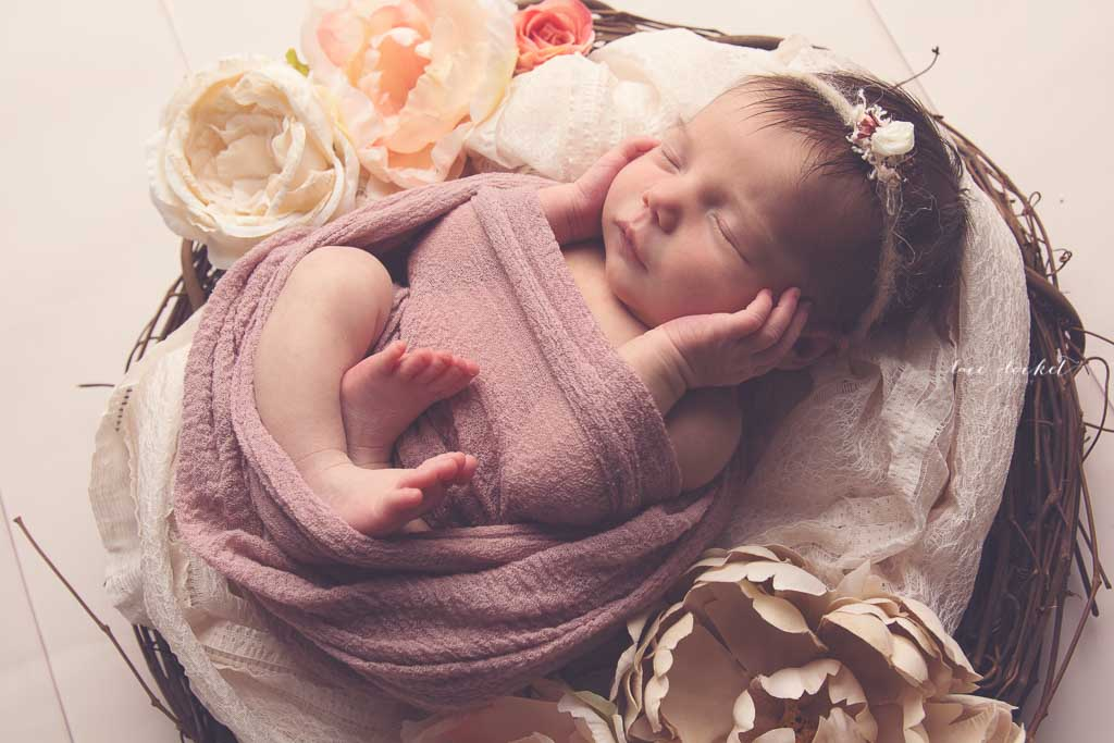 airdrie newborn photographer-lace-and-locket-photo--45.jpg