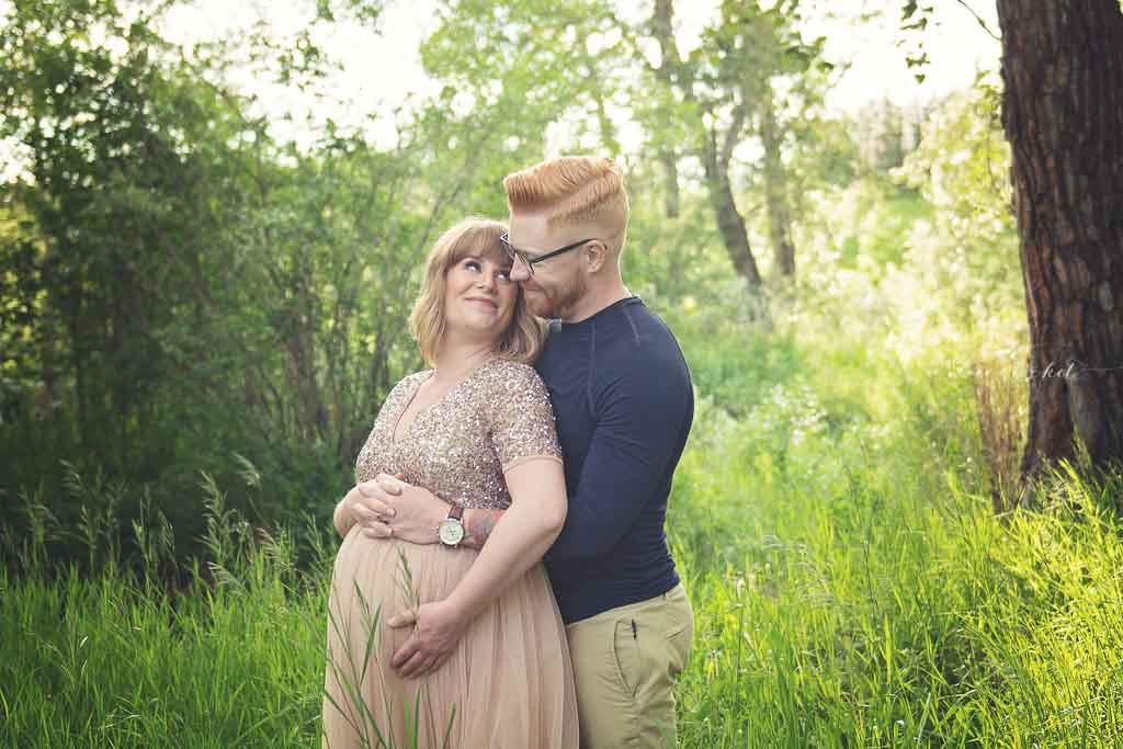 Lace & Locket Photo-Calgary Maternity Photographer--24.jpg