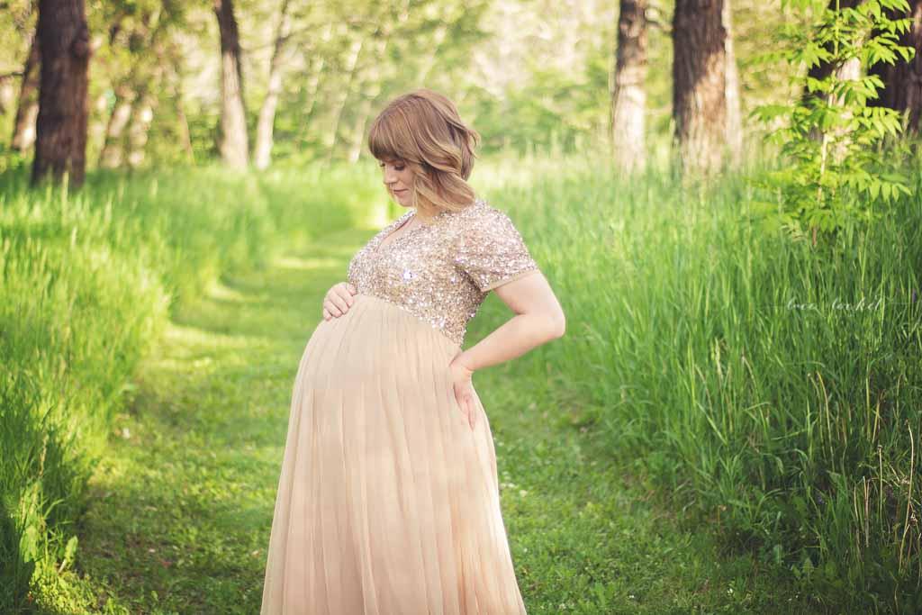 Lace & Locket Photo-Calgary Maternity Photographer--8.jpg