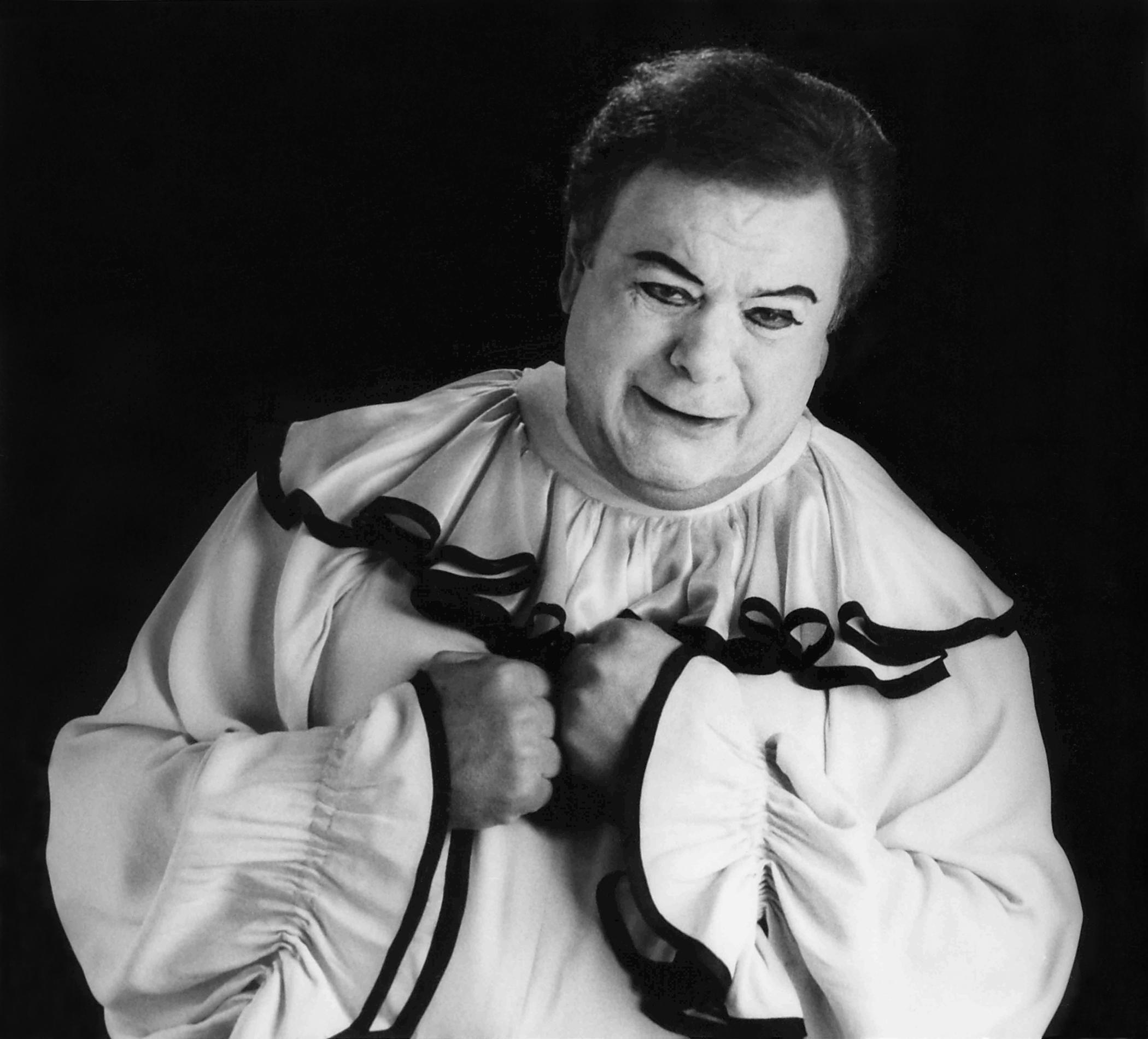 Paul Sorvino as Pagliacci