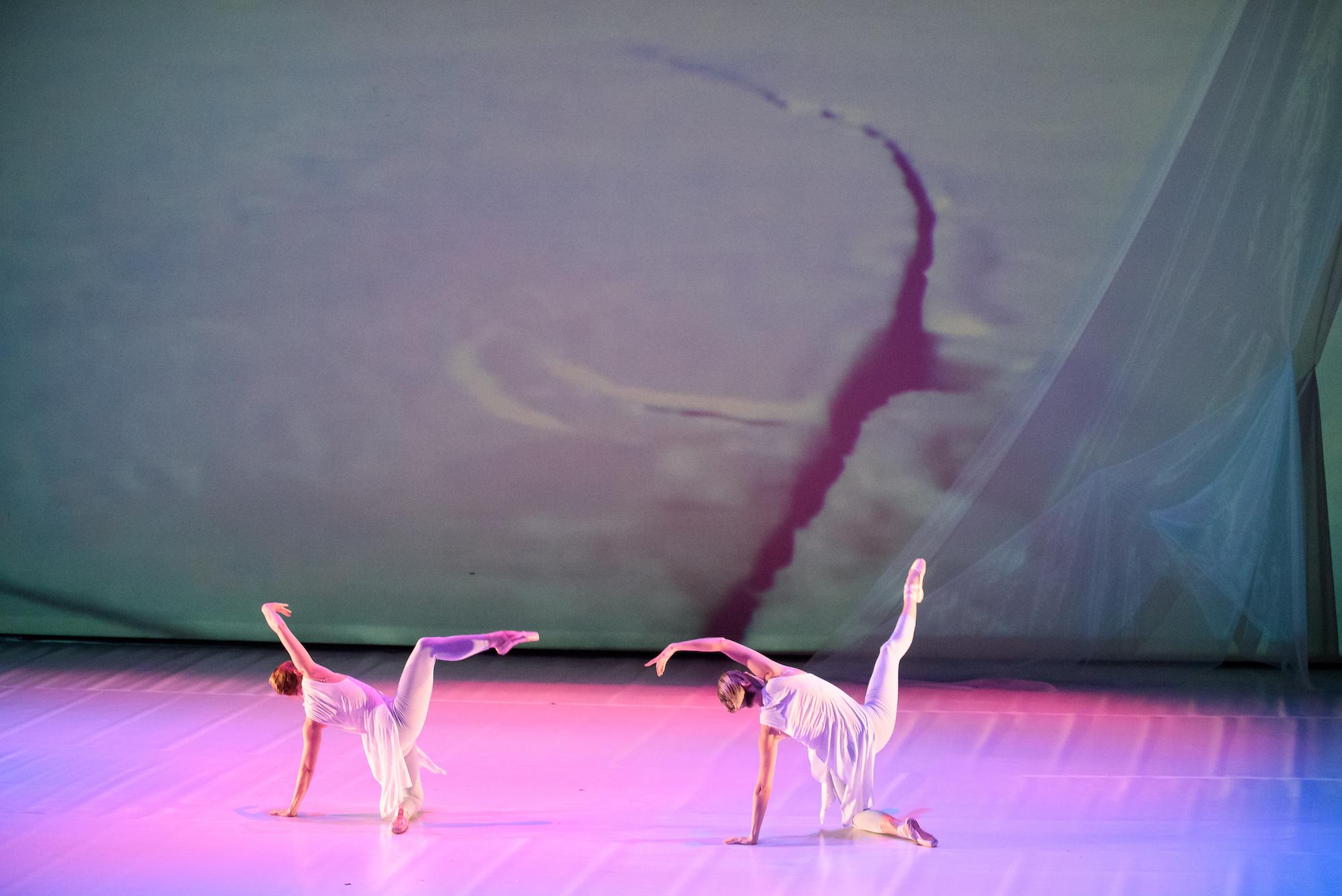 Etta Carrie kneeling pretty legs Moveius-Glacier-Crash-of-Fall-20190221-RobCannon-015.jpg