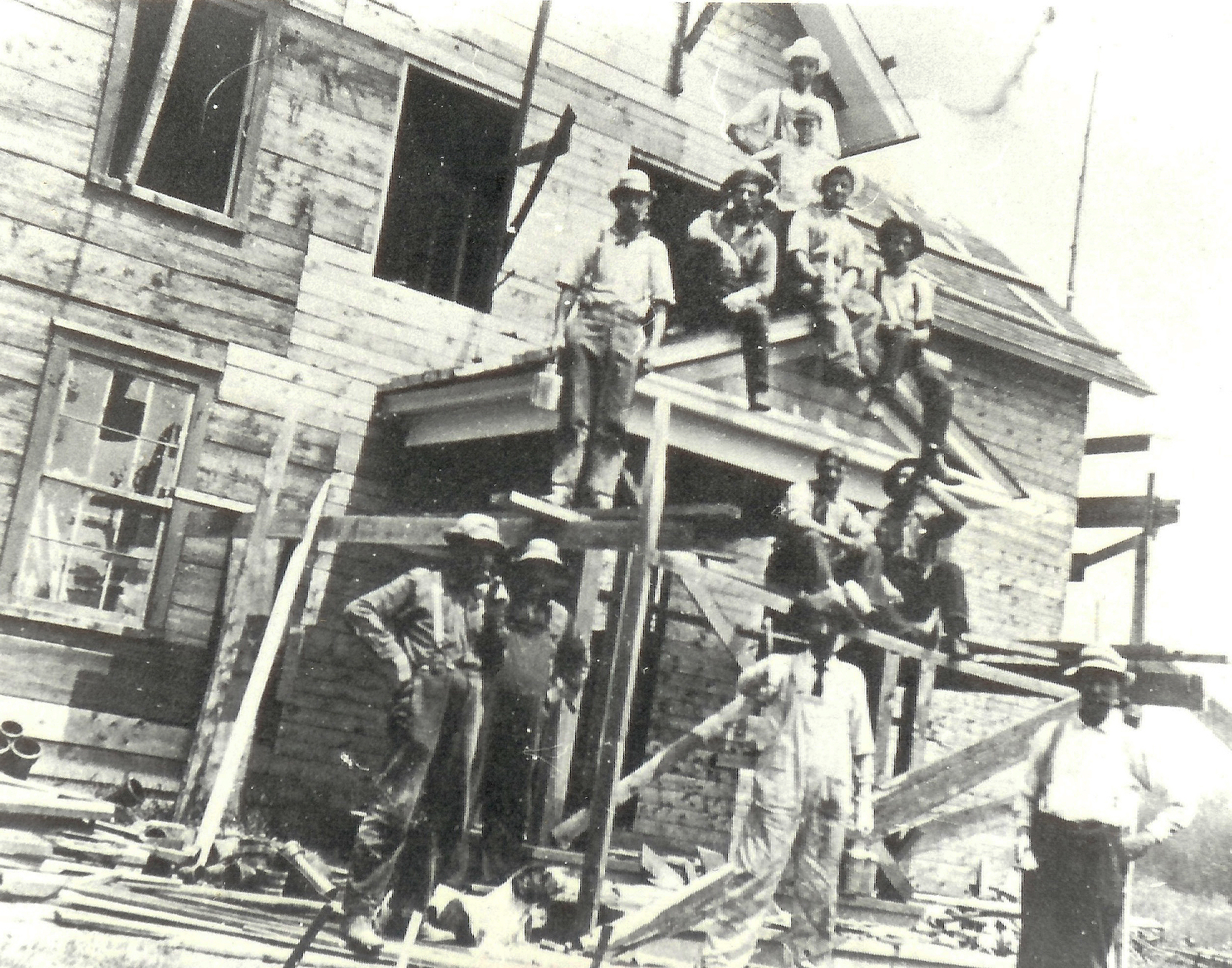 Norman Miner house being remodeled into Helenscourt [Photo, c.1919, courtesy of Gabrielle Drew]
