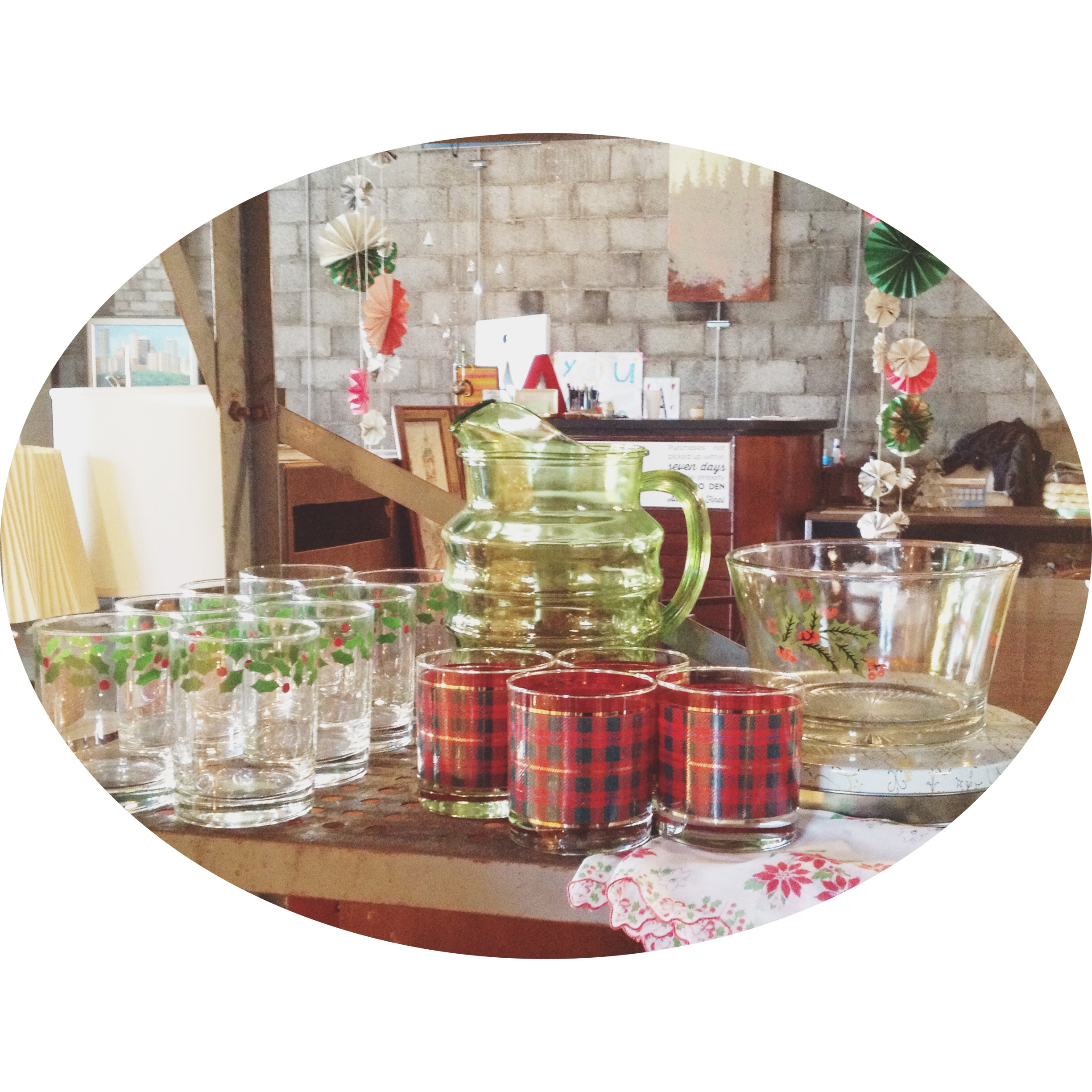 retro-vintage-barware-christmas.jpg