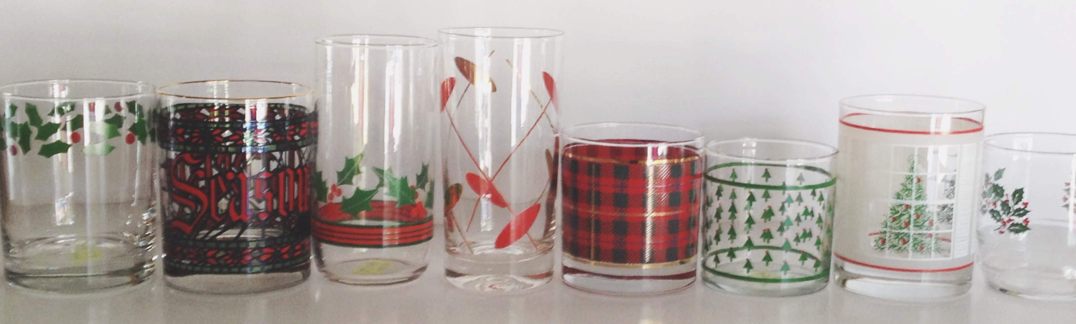 retro-vintage-christmas-barware-glasses.jpg