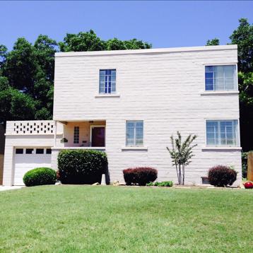 Ashley's new home, the #whitesidecube