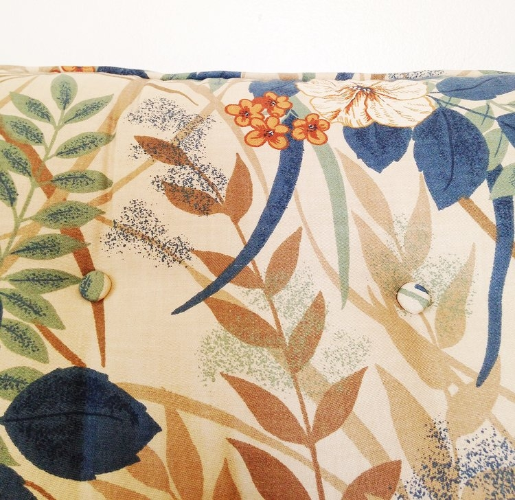 Back to Palmer's couch–look at those deep blue pretty leaves.