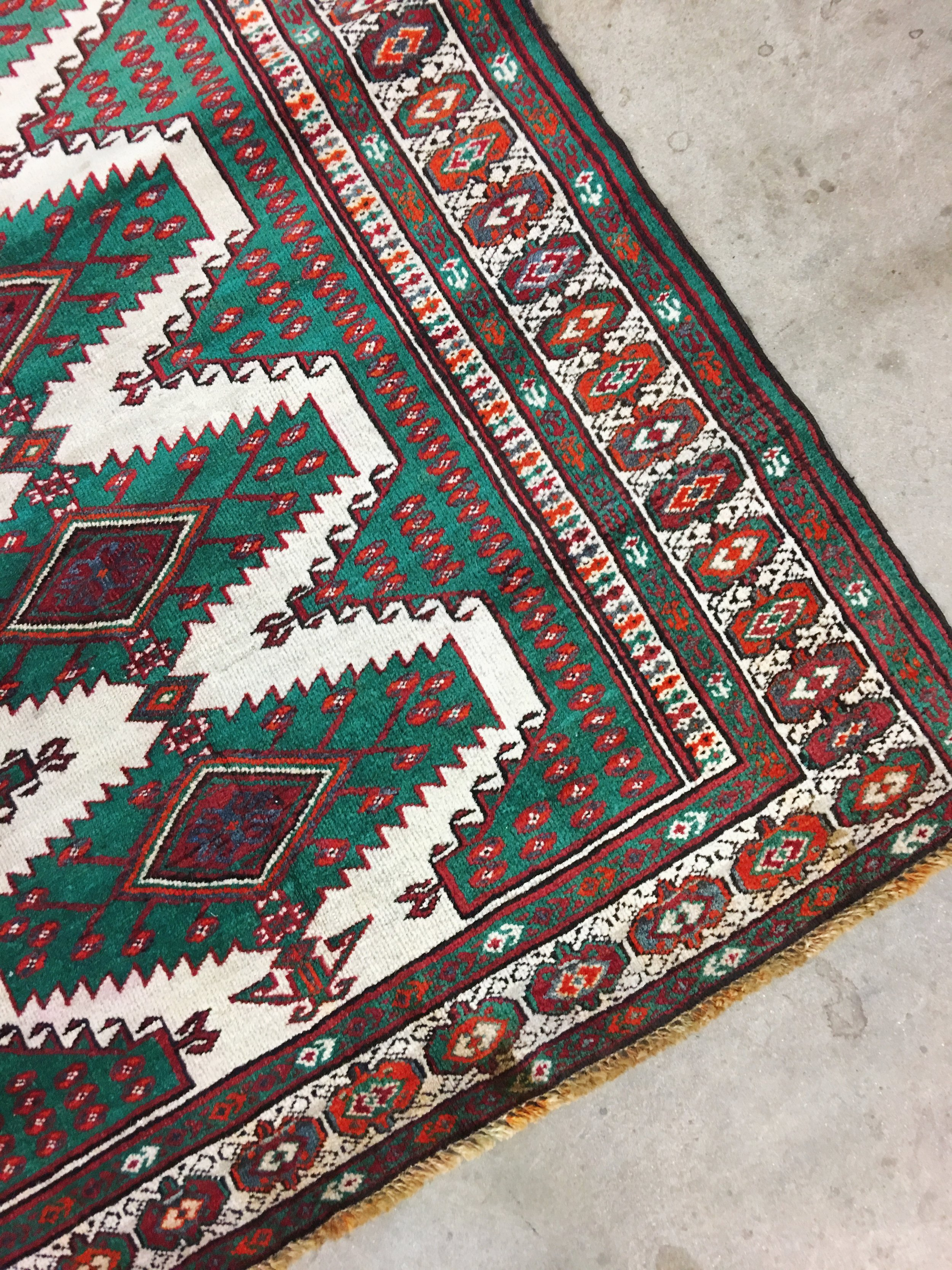 Vintage rug beauty Palmer scooped up for her  kitchen