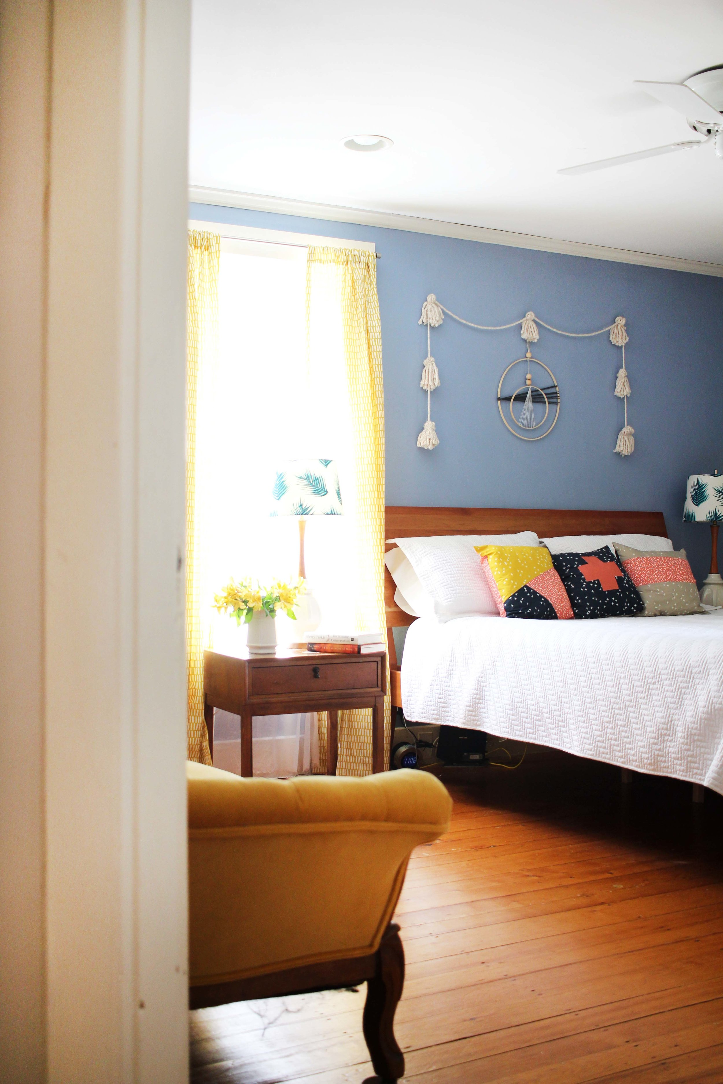 Zandra's warm, colorful, and welcoming bedroom.