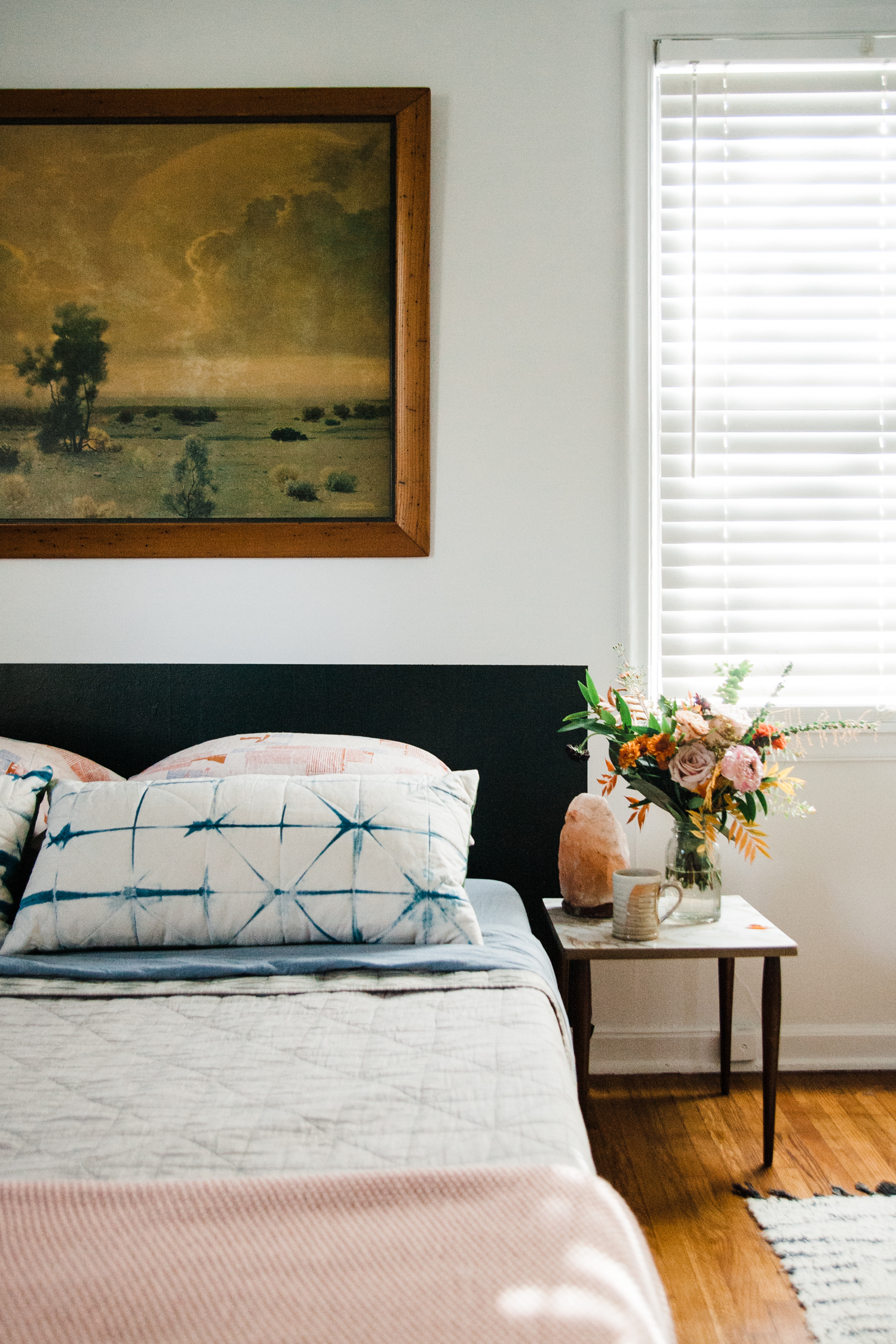 modern minimal bedroom-9.jpg