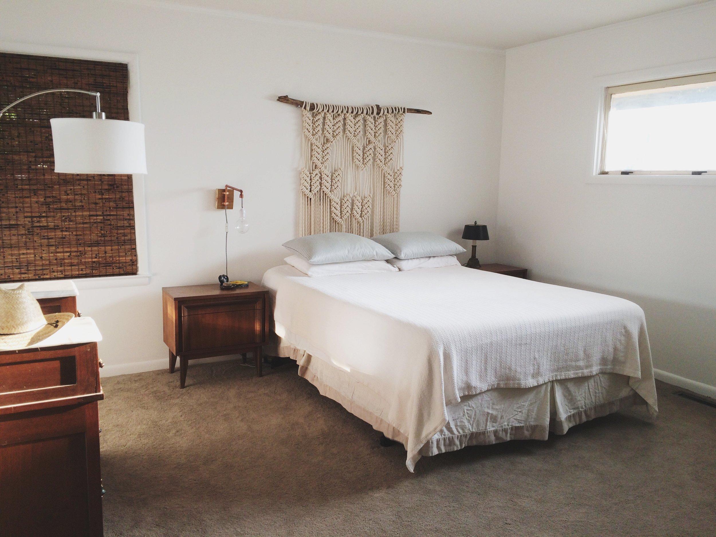 macrame-headboard-bedroom
