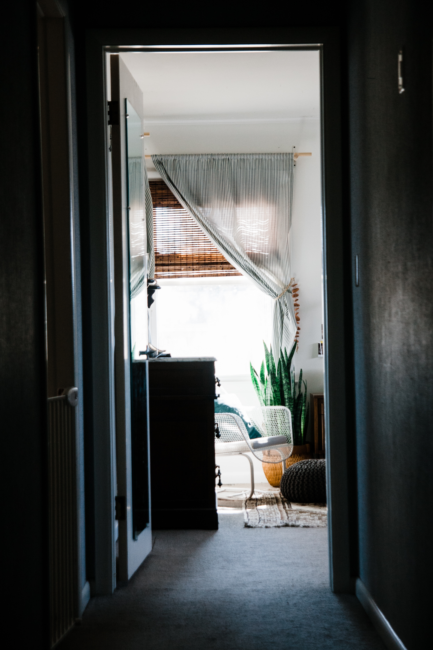 minimal-macrame-boho-bedroom.jpg