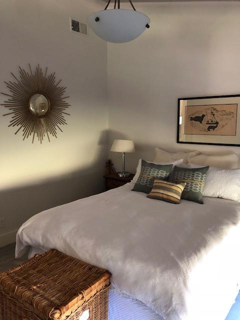 guestroom_before.jpg