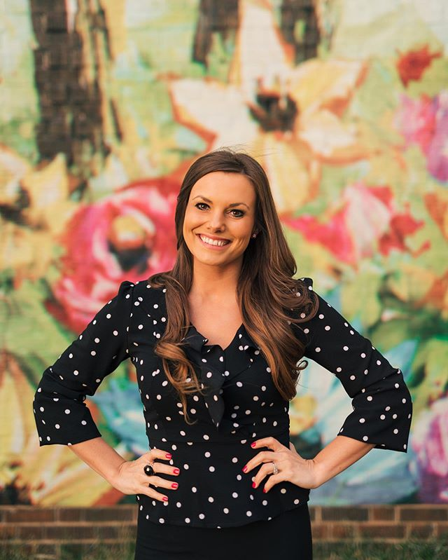 BIIIG NEWS 📢 we brought on a new Managing Partner! Meet Breanne—one of the bubbliest, friendliest people you'll ever meet. Oh, she's also pretty damn clever. Learn more about her #ontheblog. 🔗 Link in bio!
