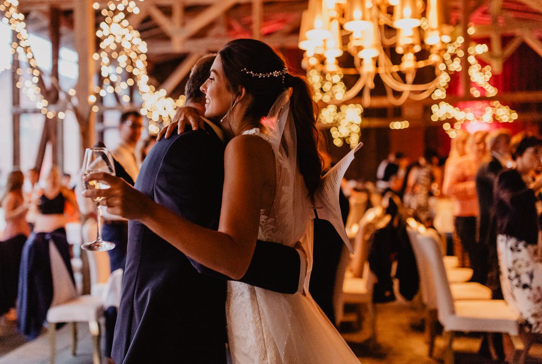 Christina-Hohner_Photography_Hochzeitslocation_Magical-Homes_Heroldstatt-57-von-65.jpg