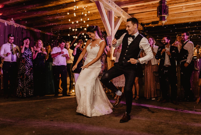 Christina-Hohner_Photography_Hochzeitslocation_Magical-Homes_Heroldstatt-63-von-65.jpg