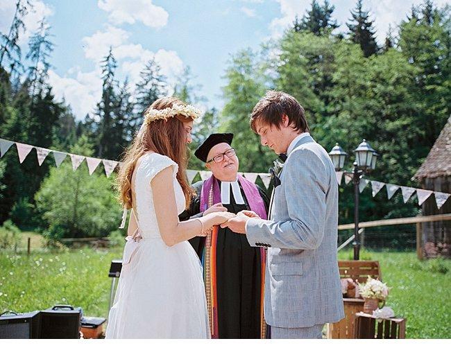 real_weddings 03-2014_dani_marc_gartenhochzeit_birgit_hart_0027.jpg