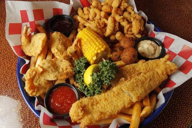 razzoo's cajun food in texas