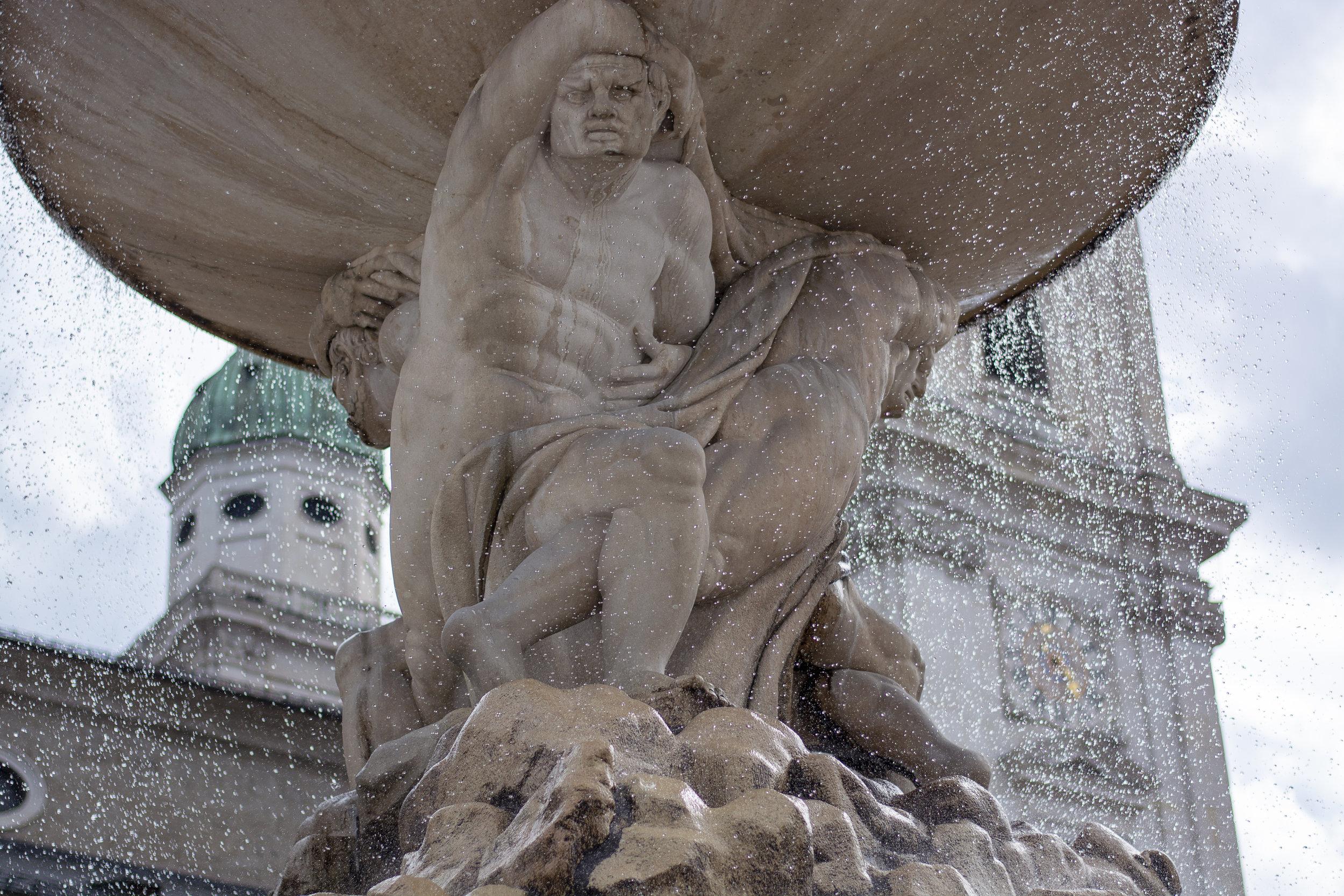 The fountains of Residenzplatz.