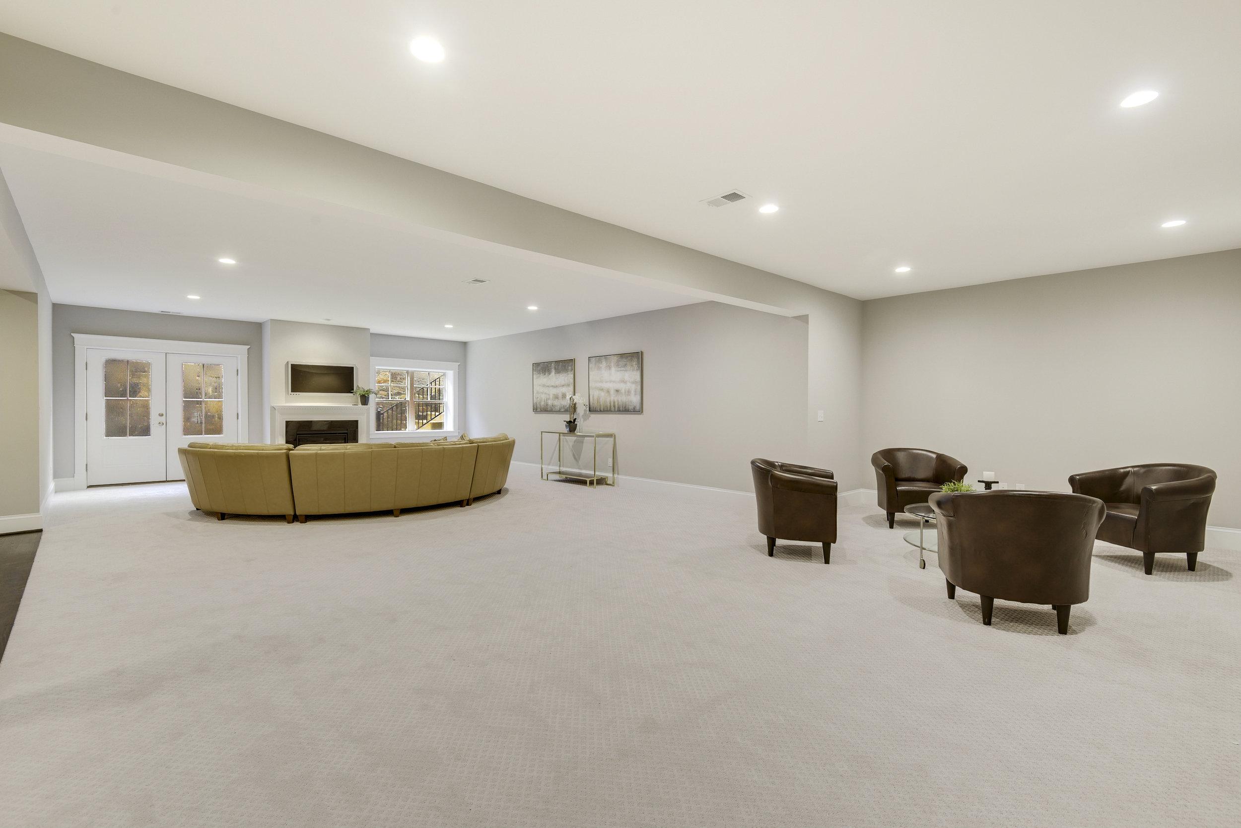 Lower Level-Recreation Room-_DSC9605.JPG