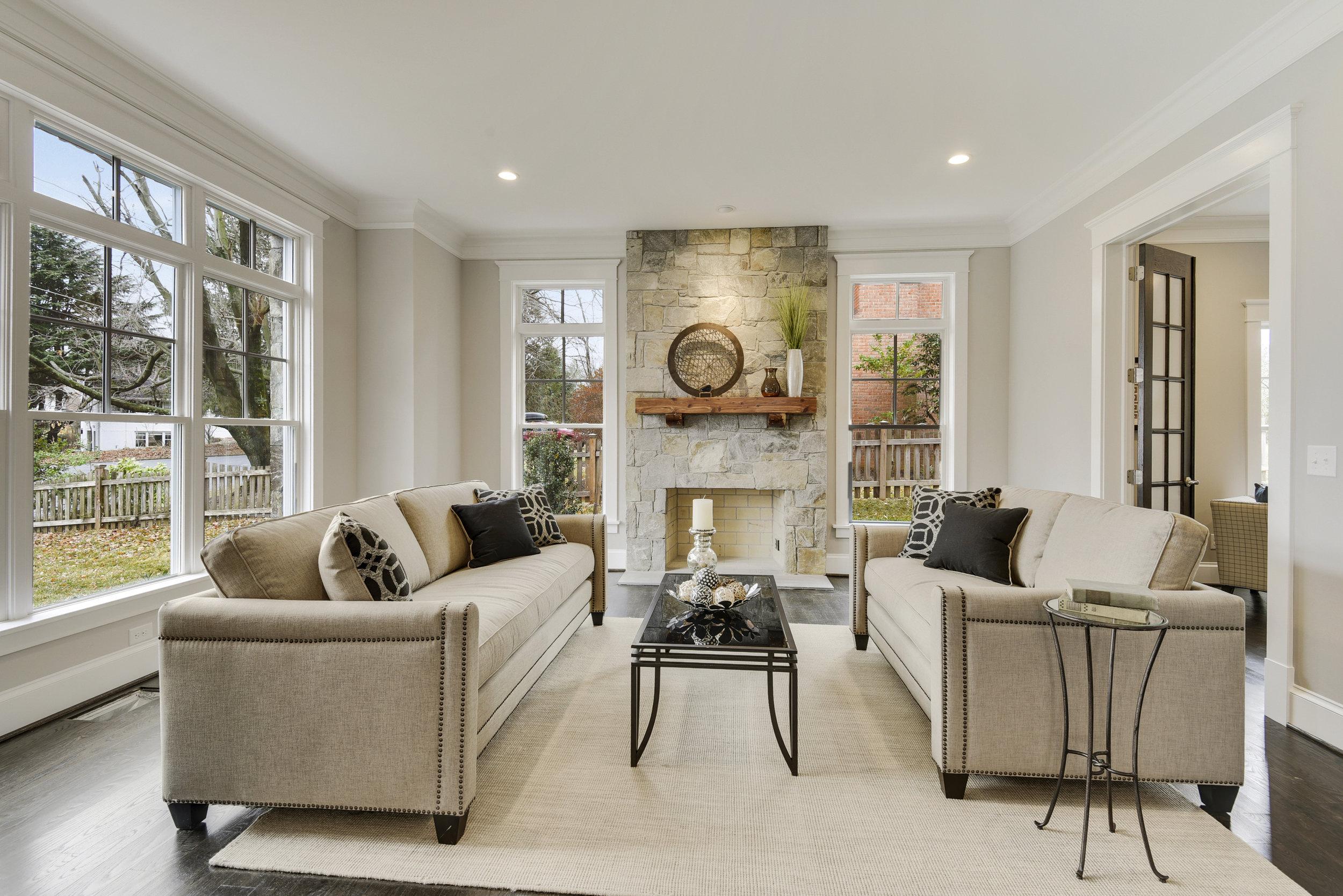 Main Level-Living Room-_DSC9675.JPG