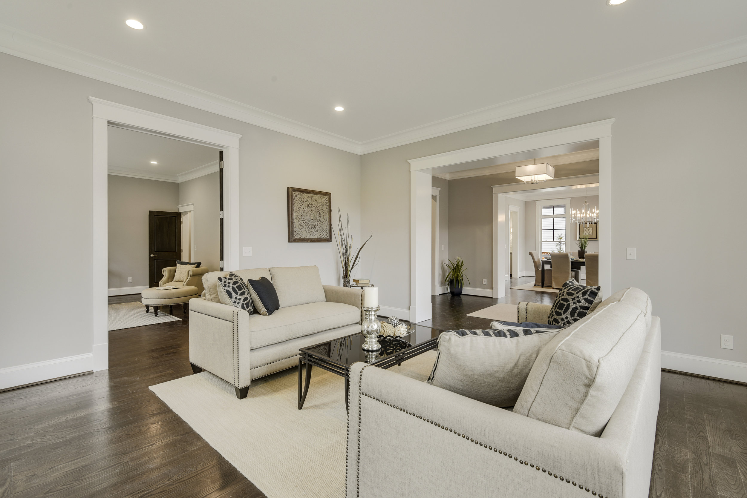 Main Level-Living Room-_DSC9680.JPG