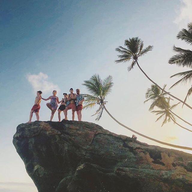 Travelteer weekend trips to Wijaya beach 🏖 We treat our volunteers well!  #TRAVELTEER #travel #volunteer #travelling #volunteering #travelabroad #travelteacher #travelblogger #travelphotography #volunteerabroad #teachabroad #giveback #charity #love #sun #summer #summer asia #travelasia #srilanka #sun #instagood #instadaily #picoftheday #beach