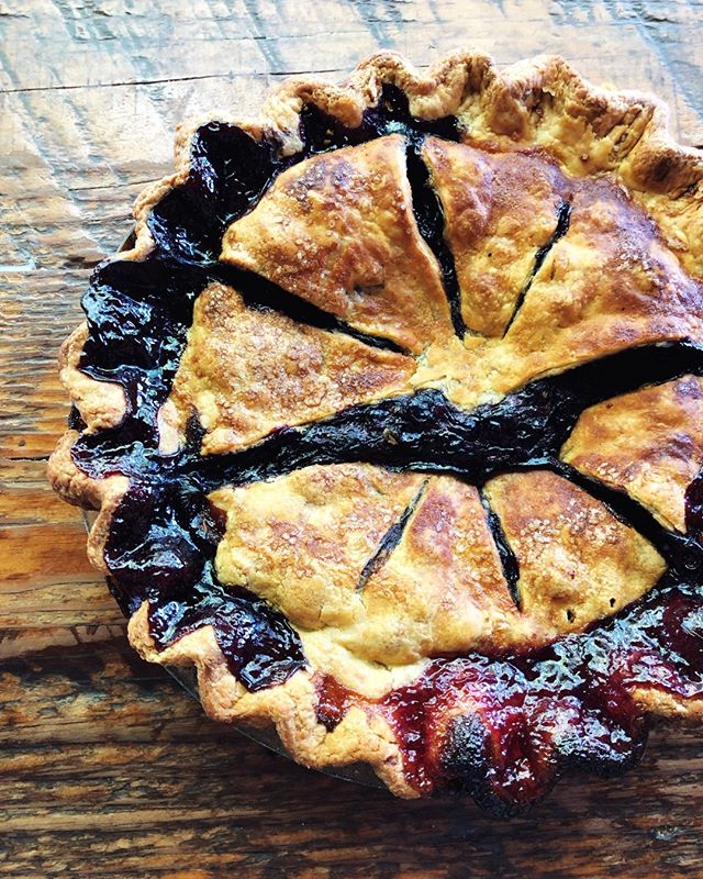 Fresh Blueberry Pie - HEAPS of fresh berries in an all butter crust. It's simple and beautiful - and tastes even more scrumptious with a generous scoop of vanilla ice cream on top. 💙💙💙 #pietime - - - - - - #laurettajeans #eater #eaterpdx #pdxnow #happeninginpdx #pie #piebakery #pieshop #pieforbreakfast #piegoals #springtime #pdxbrunch #blueberrypie #blueberry #berryseason #berrygood