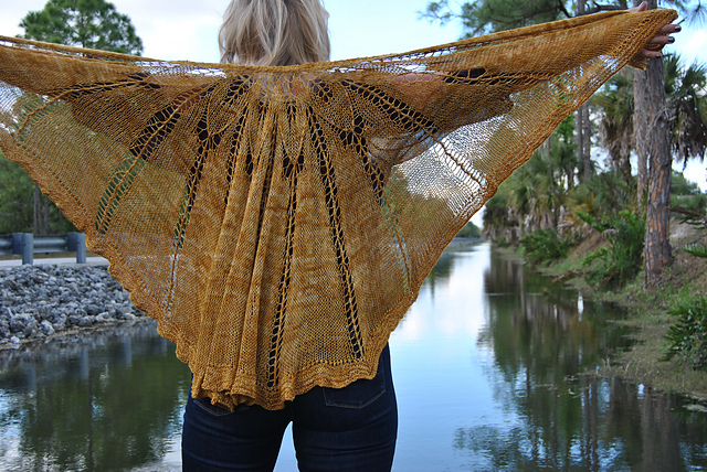 Click here for Be So Sporty Golden Sunset Knit Lace Shawl FREE Pattern