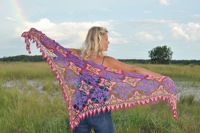 Click here for Be So Sporty Yarn Majestic Skies Crochet Shawl FREE Pattern
