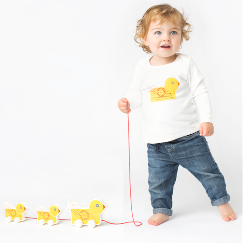 from-babies-with-love-wooden-duck-pull-along-1990.png