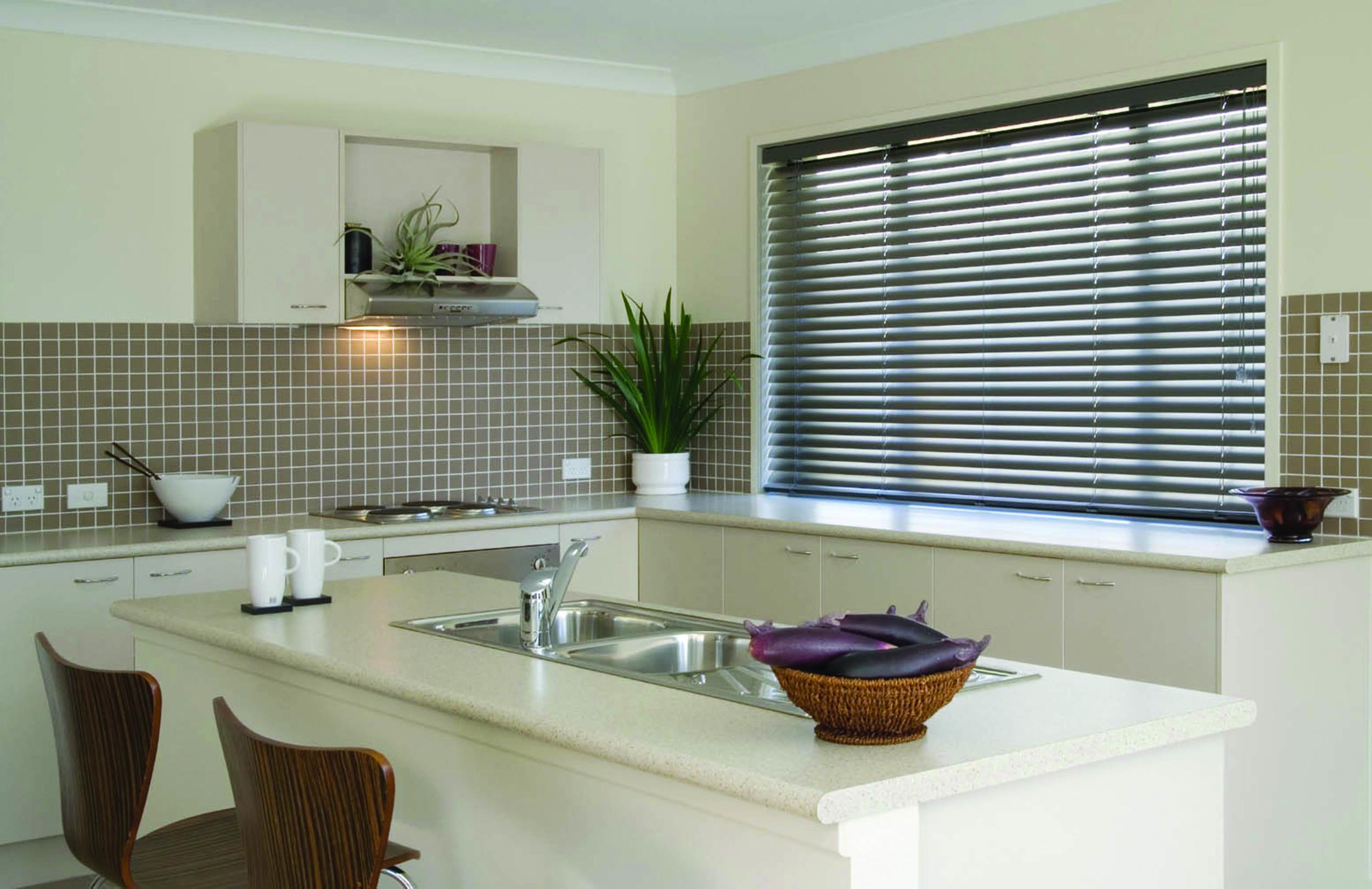 timber-venetian-blinds
